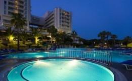 هتل ۵ ستاره فانتازیا کوش آداسی (Fantasia Deluxe Hotel)