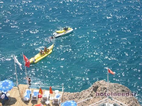 adonis-beach4 (Copy)