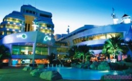 هتل ۴ ستاره رویال کروز هتل ( A-ONE The Royal Cruise Hotel )