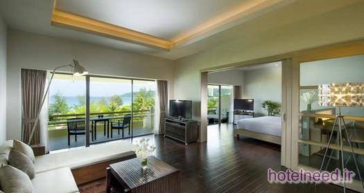 Hilton Deluxe Suite