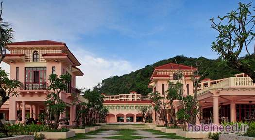 Centara Grand Beach Resort Phuket_006