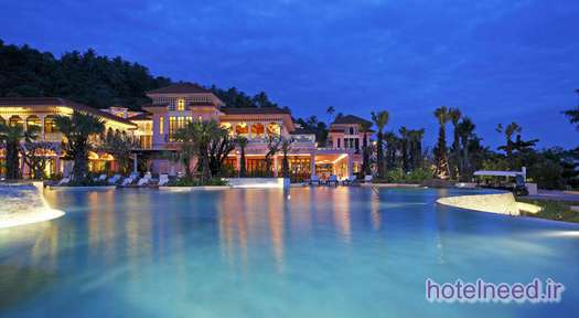 Centara Grand Beach Resort Phuket_012
