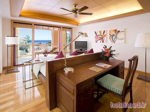 Centara Grand Beach Resort Phuket_014