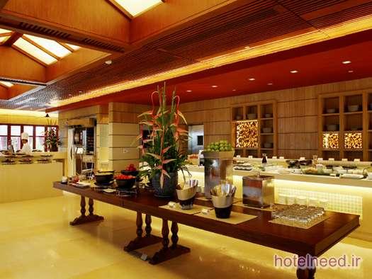 Centara Grand Beach Resort Phuket_042