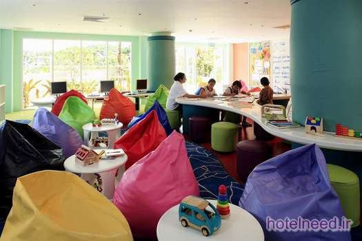 Radisson Plaza Resort Phuket Panwa Beach_011