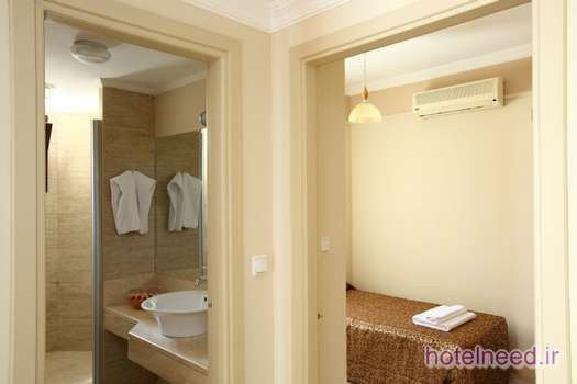 Azka Hotel_055