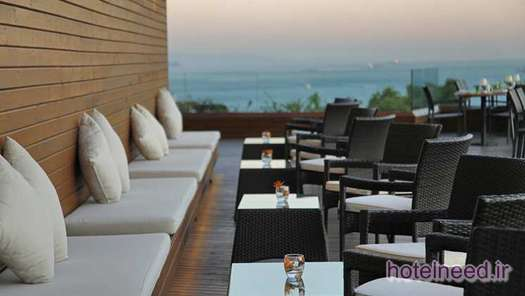 Meze Restaurant Seating