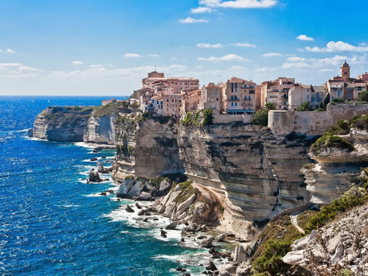 Top-10-Places-To-Visit-In-The-Mediterranean-Before-You-Die-1