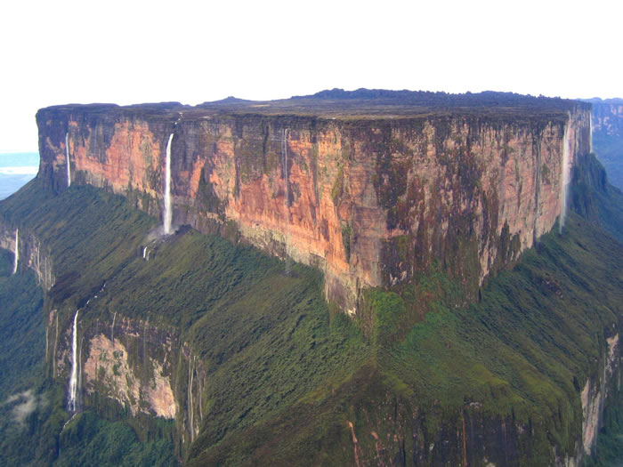 10-Places-To-Travel-Before-You-Die-Mount-Roraima-–-Venezuela