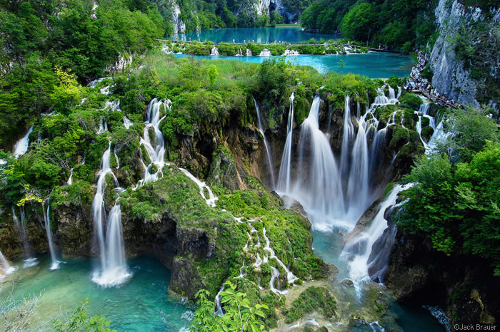 18-Places-To-Travel-Before-You-Die-Plitvice-Lakes-National-Park-Croatia