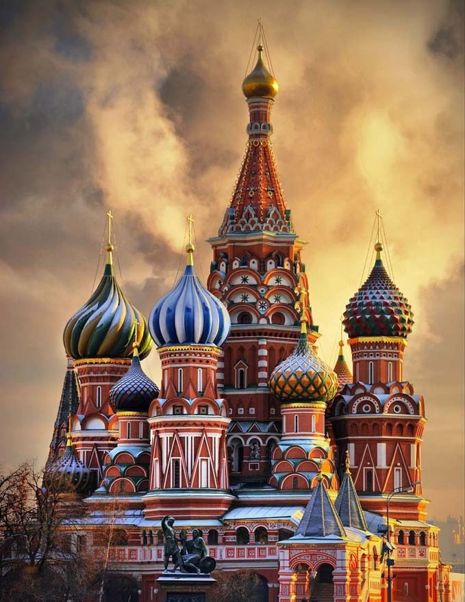 St.-Basils-Cathedral-Moscow-Russia-Places-To-Travel-Before-You-Die-