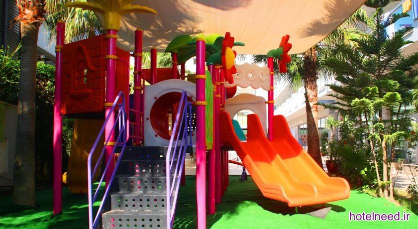 Arma's Resort Hotel_008