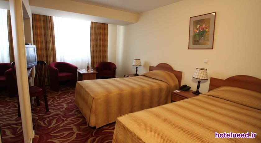 Ani Plaza Hotel_006