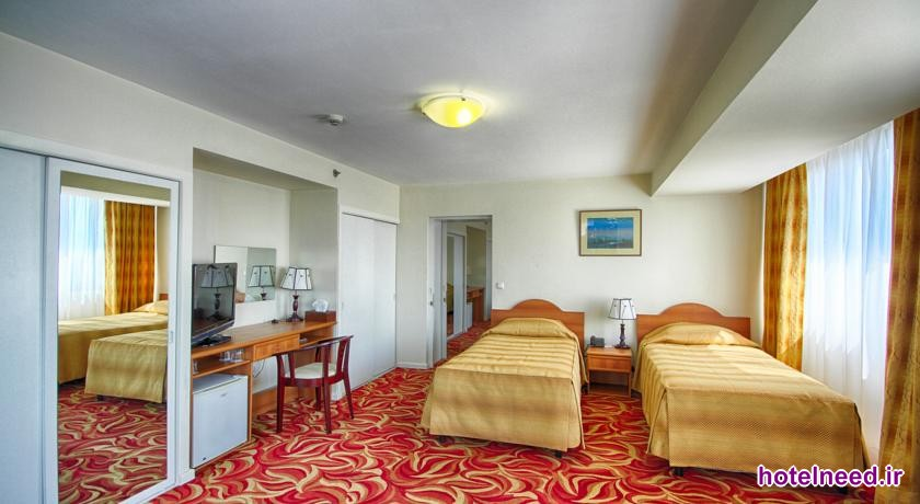 Ani Plaza Hotel_009