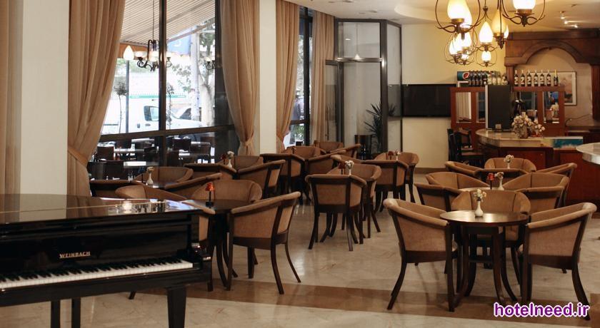 Ani Plaza Hotel_017