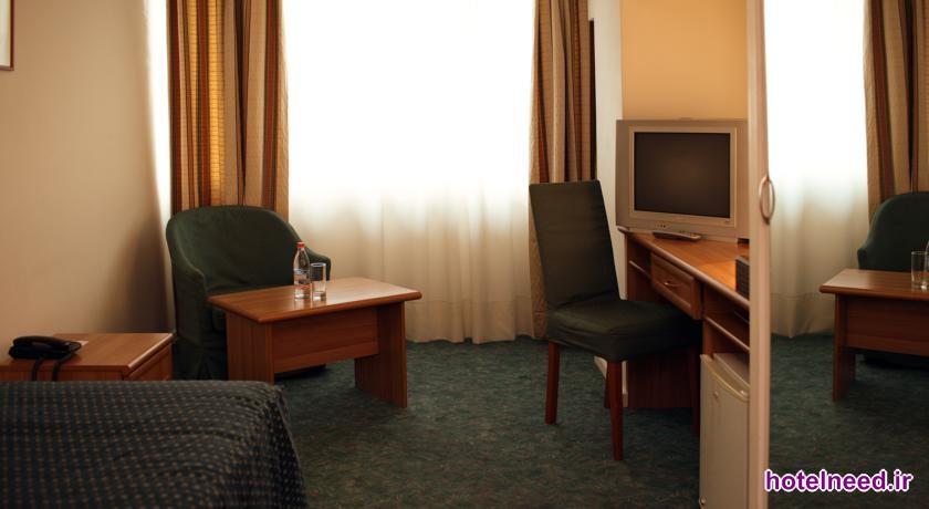 Ani Plaza Hotel_027