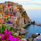عجیب ترین شهرهای جهان روی لبه صخره