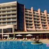هتل دابل تری بای هیلتون (DoubleТree by Hilton) وارنا (۵ ستاره)