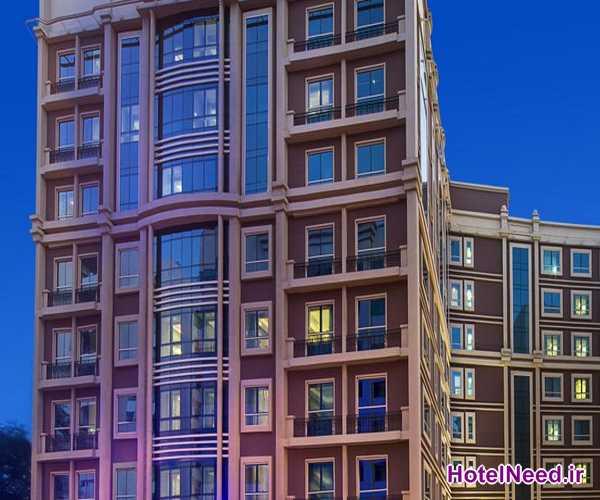 هتل بلوبای بلک استون