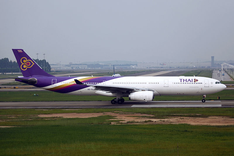hs-ten_-_thai_airways_international_-_airbus_a330-343_-_can_14730098280